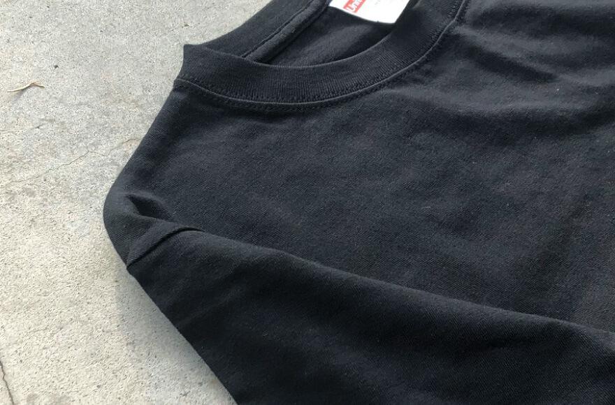 Tシャツのブラックの写真